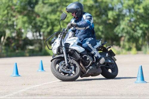 Motorrijbewijspoint Leiden motor rijtest