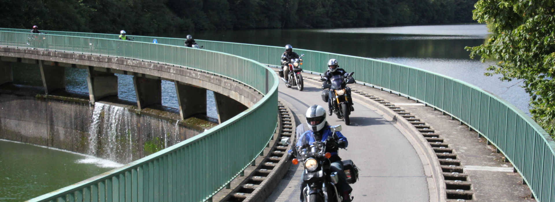 Motorrijschool Motorrijbewijspoint Valkenburg motorrijlessen